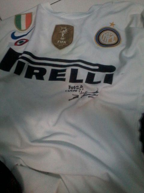 Jersey Inter naga fullpatch ttd Erick Thohir Rp1juta harga nego. PIN:799DB2E7, sms/wa 085721334585 http://t.co/OTMUKDQ8Gk