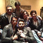"""@TheFarahKhan: HNY family Reunion today,after Dubai premiere!!best lookin boys in the business!! http://t.co/JAO9y8T16H""hey!!wait for mee!!"