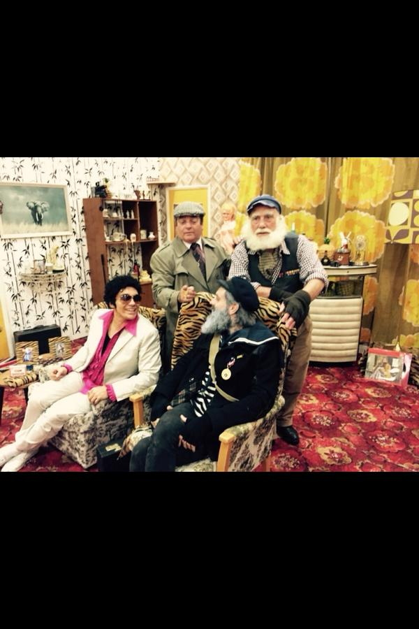 Yesterday at the Only Fools And Horses convention w @rickifuckinhall . We were the only ones who dressed up too http://t.co/8k1SJRPxdS
