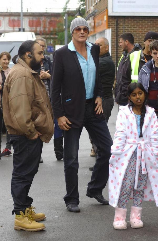 When you are David Hasselhoff it's hard to blend in on New Malden High Street http://t.co/1e5xBkLccP http://t.co/2GqSxO2aY5