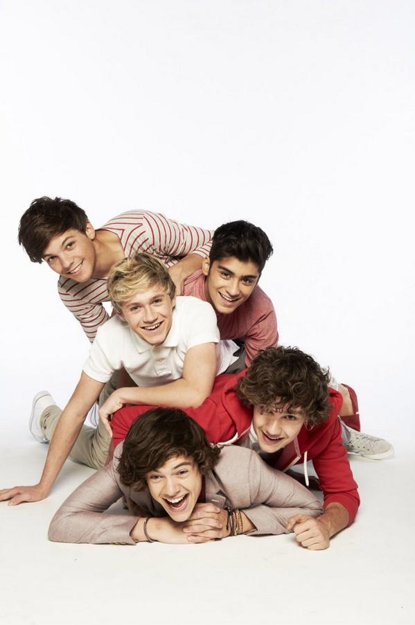 can the boys do this type of photoshoot again? #EMABiggestFans1D http://t.co/O8yyuV6Zfb
