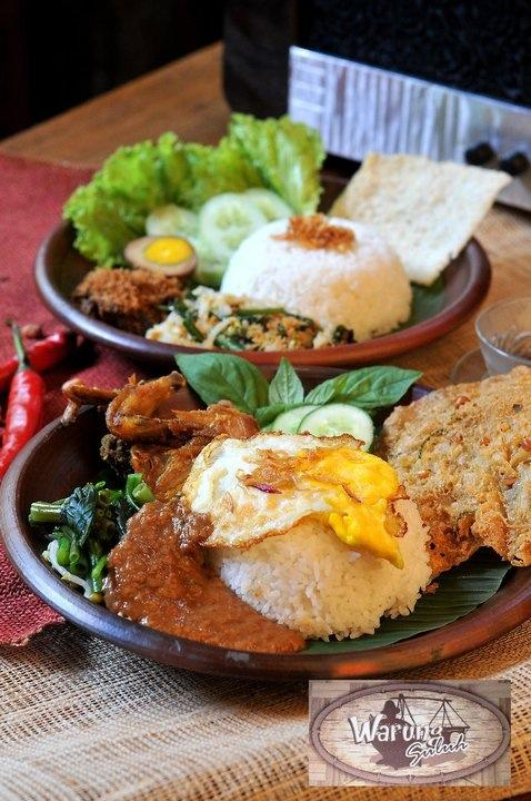 Waktunya makan siang ni http://t.co/FfrLVZhKC3