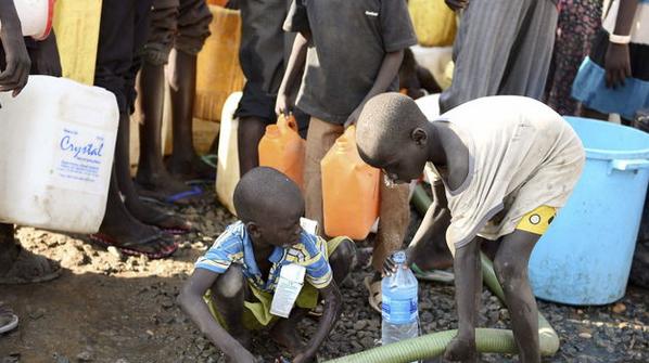 En 2014:  Muertos por ébola:           4.000 Muertos por hambre: 3.000.000  Una tiene vacuna http://t.co/CVH5kyF4nE http://t.co/WOkAUGDxtW