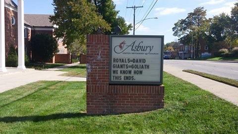They've done it again. @Royals #TakeTheCrown #BeRoyalKC #postseason http://t.co/oQxshBtUPN
