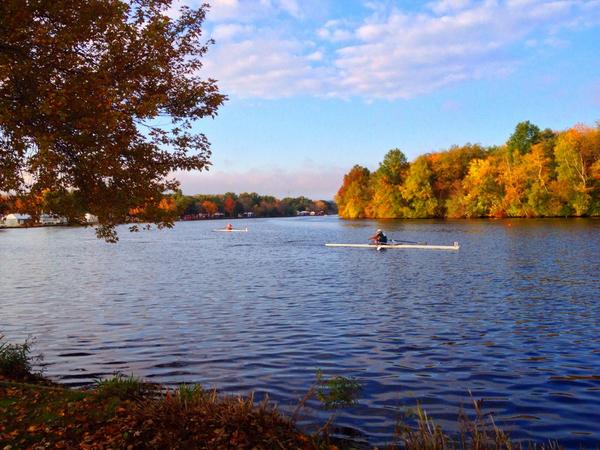 Rise and shine, Boston! The Charles is looking absolutely beautiful for the 50th @HOCR! #HOCR50 #BNYMellonHOCR http://t.co/7ojiLORdtH