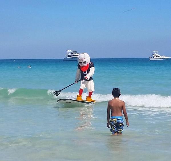 Bye Week = Paddle boarding in SoBe http://t.co/DP65bOwYAj