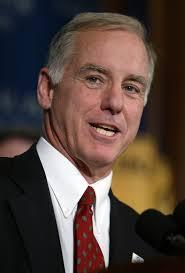"Howard Dean, on Ebola: ""I Discount Everything Republicans Say;"" Rick Perry ""An Ignoramus"" via http://t.co/04SJILzK5S http://t.co/hlT0vXhlNg"""