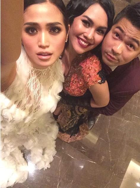 Erick Bana Iskandar (@erickiskandar): Sis,mylove and me http://t.co/NbF90141FO