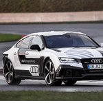 140 mph. No driver. Audi is testing the limits of auto pilot: http://t.co/i9O60wp8Di @PeterDrives http://t.co/lMmxP6zozg