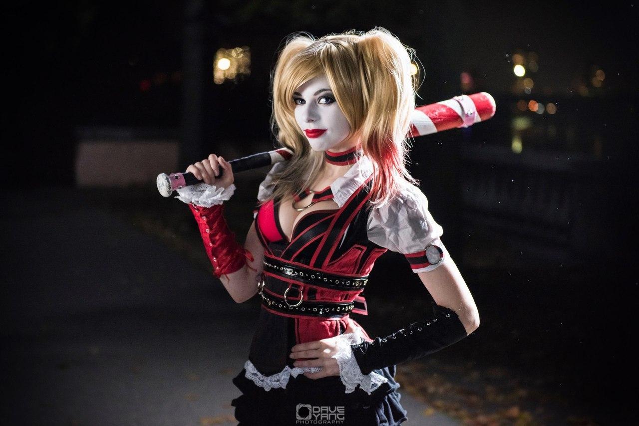 Harley Quinn par Ryuu Lavitz #cosplay #DC #batman #HarleyQuinn http://t.co/ud9i1MIYq2