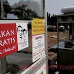 Gerobak makanan Gratis di acara #SyukuranRakyat Monas harus ada sticker ini -> http://t.co/Z03ZOvORKE