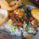 RT @AboutCirebonID: RT @CirebonRadio: NgeLengko krihin ah Kang Yayu! masakan sing siji niki sampun mendarah daging teng Cirebon http://t.co/1362vsdnev