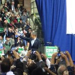 Back home in Chicago, Obama rallies for @GovernorQuinns re- election http://t.co/dNa3QDmELh