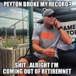 RT @NFL_Memes: Brett Favre Be Like.. http://t.co/zBGnPujm9T