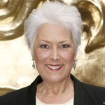 RT @BBCBreaking: British actress and presenter Lynda Bellingham, who had cancer, has died aged 66 http://t.co/GP3BcXE3zR http://t.co/jz4K209K8o