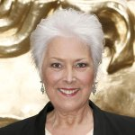 RT @SkyNews: TV actress Lynda Bellingham, best known for her role as a mum in the Oxo TV adverts, has died. http://t.co/sJ5qigunwM http://t.co/JwRZLWMyzb