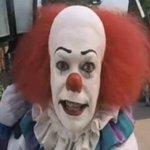 Un clown est jugé lundi à Béthune dans le Nord pour avoir fait peur à des passants http://t.co/5pTzrStAAT http://t.co/olGQgsRWc5