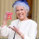 RT @KayBurley: This is a lovely way to remember Lynda Bellingham ~ via @TelegraphNews http://t.co/BR7sGye25B