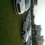 RT @ViratBharat: 500 fiat puntos and 250 2BHK flats gifted by a Surat diamond Baron to his employees as diwali gift ???????????????? http://t.co/LWHqttNfB4