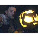 RT @scotthoying: I CARVED A PARTITION PUMPKIN!! tbh I have never been more proud of something ???? http://t.co/G2l6xGHd8d