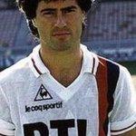 Joyeux anniversaire Omar DA FONSECA! Notre ancien attaquant (1985/86) fête aujourdhui ses 55 ans! #PSG http://t.co/a3WWUuemnx