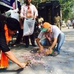 RT @kunalpurohit: After celebrations, BJP leader Vinod Tawdes family cleans the road littered with firecracker remnants. @HTMumbai http://t.co/6VFVtYRjjq