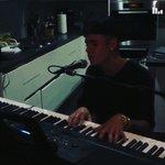 RT @biebersmaniabr: - vídeo publicado por Justin em seu Instagram. ???? http://t.co/G0slTNmuW7 #EMABiggestFansJustinBieber http://t.co/BYx6XBfwYa