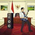 Bkn ttg selera musiknya, yg lbih pnting #IndonesiaBaru Amin RT @jokoanwar: Rock 'n Roll, Mr. President. :) http://t.co/DBEGlSOfNP