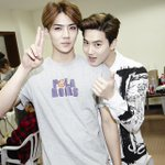 RT @exocafe_TH: [OFFICIAL] 141020 now.smtown Update : SEHUN&SUHO @ SMTOWN LIVE WORLD TOUR IV IN SHANGHAI http://t.co/azOuCpaakh