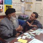 RT @AleemMaqbool: Sickened to hear philanthropist Abdul Sattar Edhi was tied up & robbed in Karachi. Meeting him was an honour http://t.co/2OkvkMlhEG