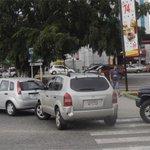 RT @carlaangola: Un país detenido...Largas colas para surtir gasolina en Barquisimeto (Fotos) - http://t.co/pj9rIsqLYW | http://t.co/XSp51EEYUv