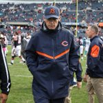 """Monday morning must-read: """"10 Thoughts"""" from @BradBiggs after a bad #Bears loss to Dolphins: http://t.co/1TSrmyA8sz http://t.co/R4aBKBXNAd"""