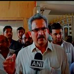 When a proposal comes Uddhav ji will think about it: Anil Desai (Shiv Sena) on formation of Govt in Maharashtra http://t.co/UlsOuBqpLX