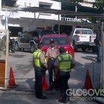 RT @globovision: Privan de libertad a 3 sujetos por robar 50 armas de la sede de PNB en Trapichitos, Guarenas http://t.co/dpNjbnuD1o http://t.co/Qdvz6GbDyY