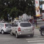 Largas colas en E/S de #Lara por falta de gasolina. ¡Inaceptable! Este régimen cada vez va peor y en picada. #20Oct http://t.co/J92dRdBGWJ