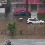 Calle 44 Bella Vista inundada, tomar precaución. Info @porfiriojperez #TuReportas http://t.co/qddEW0H7OD