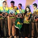 Brasil ganha três medalhas de ouro em olimpíada latina de astronomia http://t.co/qHKxk9boYf #G1 http://t.co/HAdiswDP6c