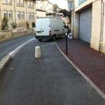 Une piste cyclable avec camion au milieu ! Merci le respect et cest tous les jours à #montpellier À cet endroit... http://t.co/6YVhUtCHhk