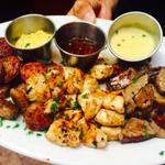 Happy Hour & #MondayNightFootball #Steak #Chicken, & #Sausage combo Platter $9.95 from 4:30-6:30. #SantaBarbara #yum http://t.co/jFiHMVFvrN