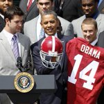RT @perkpurcell: Obama is a Bama fan. #BamaHateWeek #RollVols #GBO http://t.co/a8MA5gBBEi