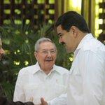 RT @vencancilleria: [Imagen] El pdte. @NicolasMaduro saluda al pdte. de Nicaragua, Daniel Ortega, previo a Cumbre del #AlbaTCPxLaVida. http://t.co/gLx7oFG13r