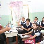 PNB ejecuta en seis estados del país y el Distrito Capital Plan «Policía va a la Escuela» http://t.co/HJdB6EBjTi http://t.co/e8Q8GVM7Do
