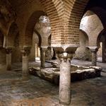 """""""@bellotaviajera: A finales del S XVI el conde de Villardonpardo construyó sobre los @barabesjaen d #Jaén su palacio http://t.co/9TgLXr9AVv"""""""