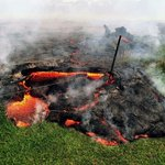 Hawaii prepares for evacuations as lava flow moves within yards of homes http://t.co/1hg6R0nf5o http://t.co/IqnQm0i5Md