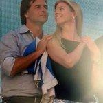 El futuro Presidente de la República @luislacallepou con la futura primera dama!! Un #UruguayPositivo http://t.co/VZO0FFcwk8