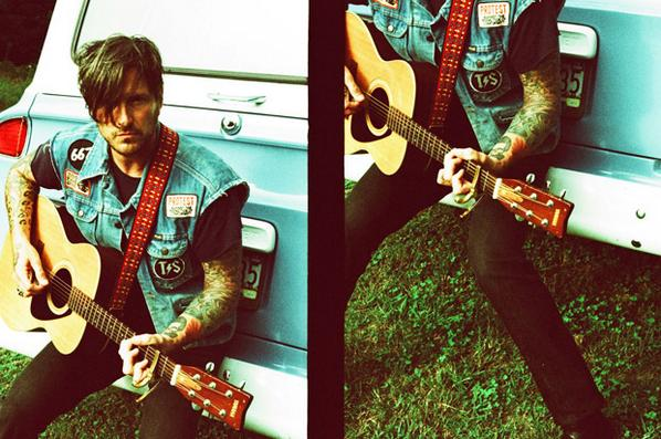 """Exclusive first listen of new @butchwalker song """"Afraid of Ghosts"""" over at @esquiremag — http://t.co/a4GWK7zvo0 http://t.co/wBr8JiDKJw"""
