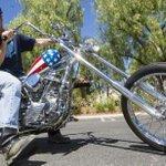 RT @Estadao: Harley-Davidson de Easy Rider é vendida por R$ 3,3 milhões http://t.co/QpFHwHdSOy http://t.co/7HhWTlf6KA
