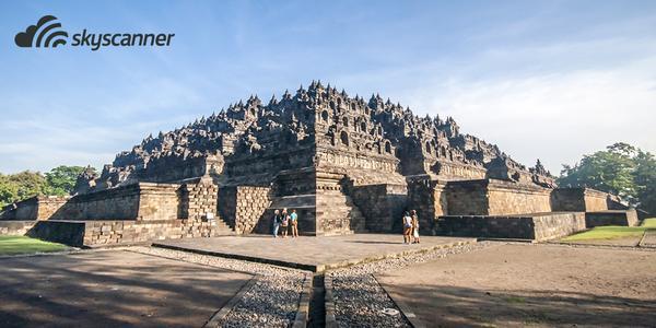 Il tempio di Borobudur è il monumento più visitato e conosciuto di tutta l'Indonesia. #pechinoexpress http://t.co/D9qmXFkEjq