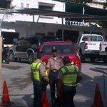 Presentarán a funcionario de PNB por robo de 42 armas en sede de Guarenas http://t.co/qOOFq2K2Ak http://t.co/r7MLpDDsc9