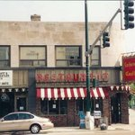 Ice cream lovers came from all over #Chicago to the LockWood Castle on Devon Ave & Central. https://t.co/M4WwZQfIiX http://t.co/NtVrMGZrwz
